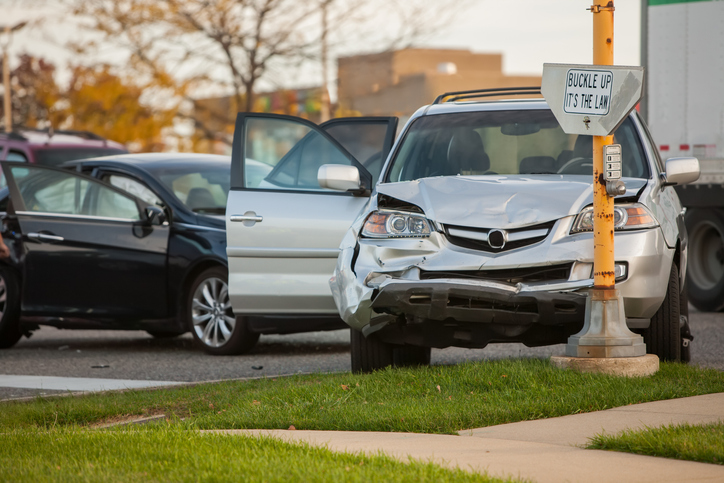 Car accident at red-light intersection